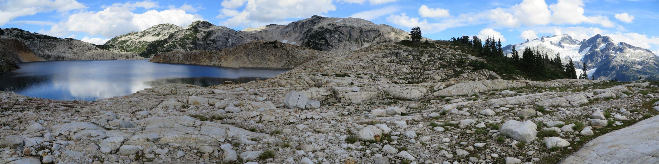 Sigurd Lake panorama.